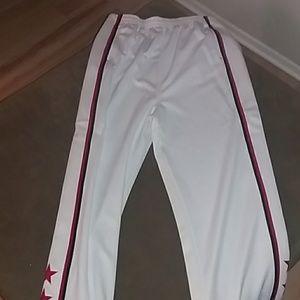 Mens white Nike basketball pants. Size XL